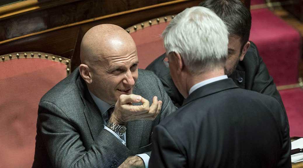 Il Senato dice no a decadenza Minzolini. M5S: 'Voto di scambio Fi-Pd'
