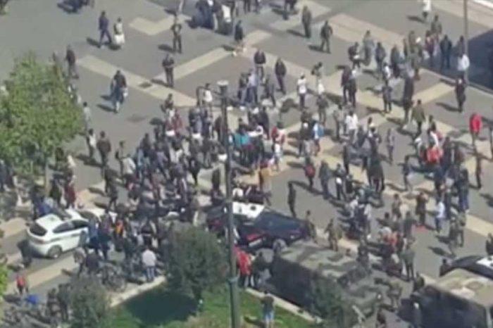 Milano, immigrati feriscono militari davanti alla stazione Centrale