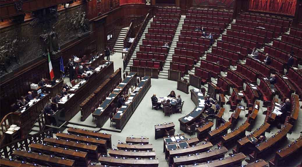 Tagli stipendi deputati, M5S: 'Casta compatta nel votare NO'