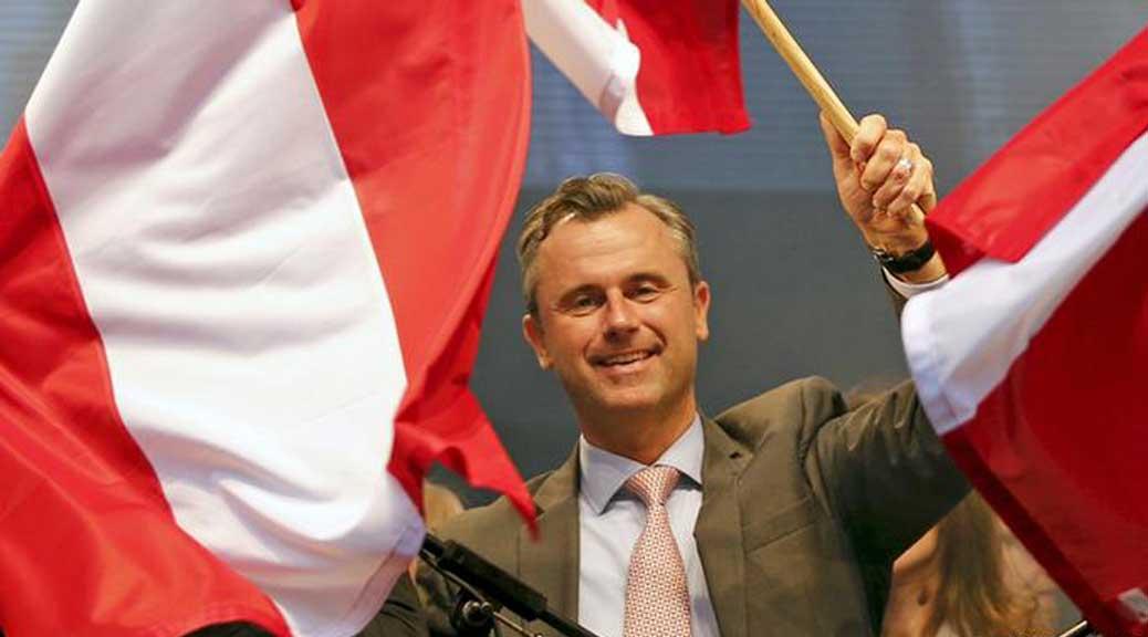 Austria, Hofer è pronto a indire un referendum per l'uscita dall'Ue