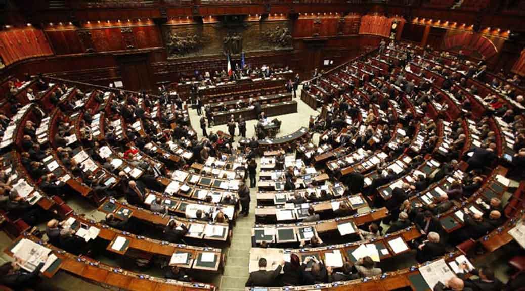 Senza elezioni anticipate a settembre 2017 il 60% parlamentari maturerà il vitalizio