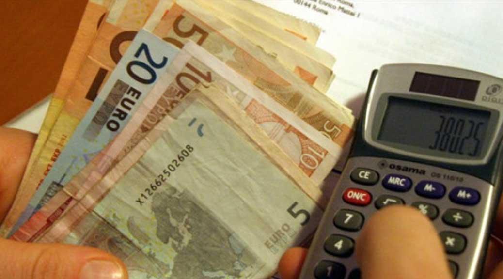Nel 2017 arriva la stangata: i 10 aumenti che costeranno quasi 1.000 euro a famiglia