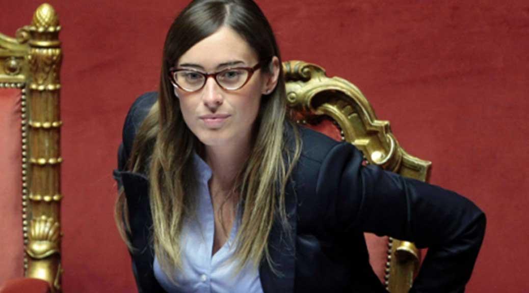 Palazzo Chigi, 2mila euro per i nuovi biglietti da visita di Maria Elena Boschi