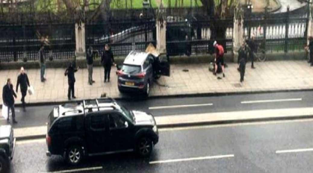 Attentato Londra, Fusaro: 'Perché il terrore colpisce sempre le masse e mai i potenti?'
