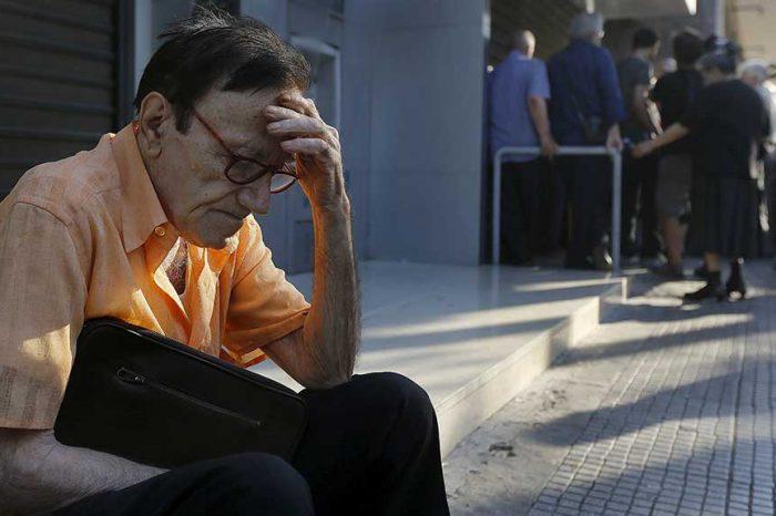 Il nuovo accordo greco: pagano i poveri, gli indifesi e i malati cronici