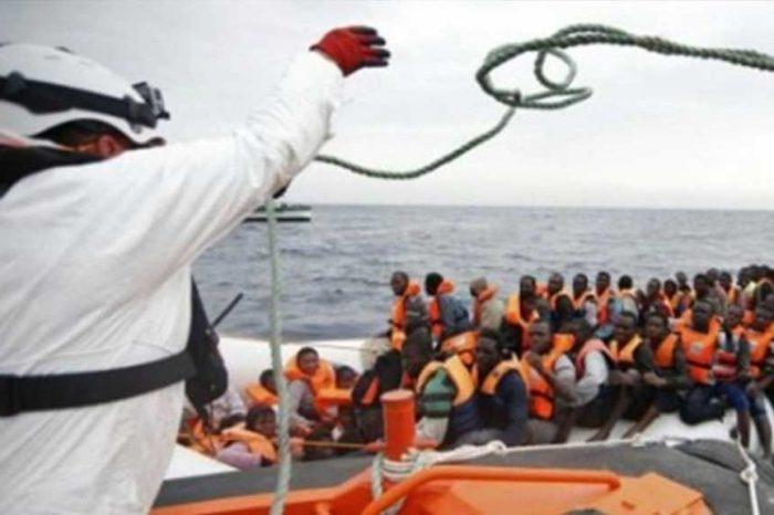 Quattro capi libici usano le ong per ricattare con i profughi l'Italia