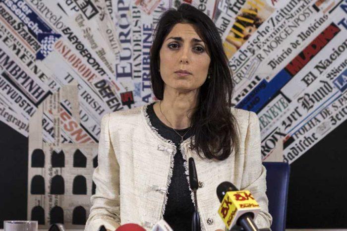 Mario Giordano: 'Il gioco dell'estate: nascondere lo scandalo Consip sotto la Raggi'