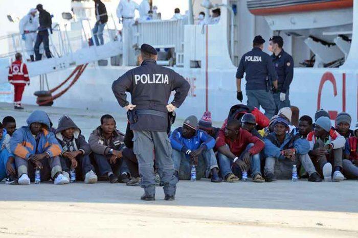 Schiaffo di Francia e Spagna all'Italia. 'Non apriremo i porti ai migranti'