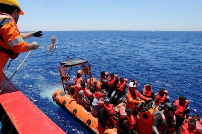 Migranti, gola profonda rivela: 'Mai salvato gente in pericolo, è un business a chi arriva prima'
