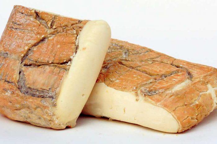 Cina, Stop all'import dall'Italia di gorgonzola e taleggio