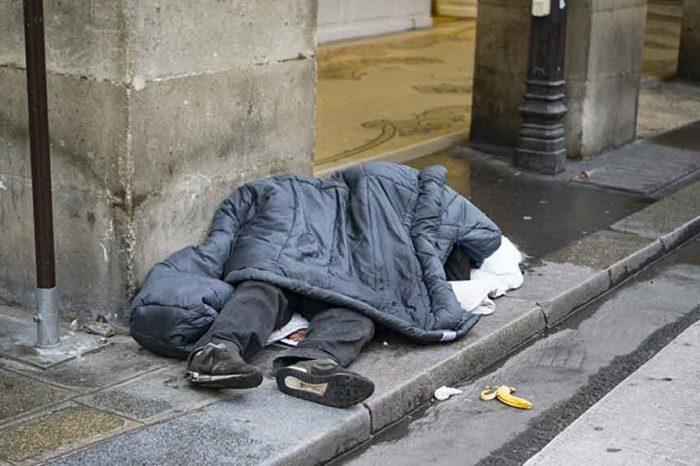 Anche in Francia si diffonde la povertà