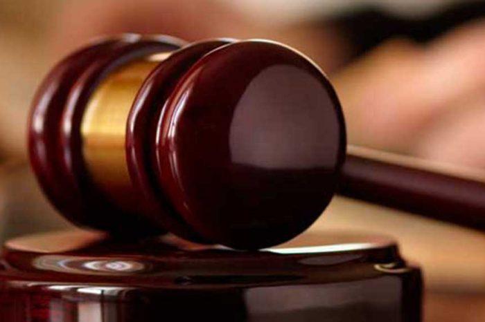 Dottoressa stuprata, giudice derubrica a incidente sul lavoro: 'Io violentata anche da istituzioni'