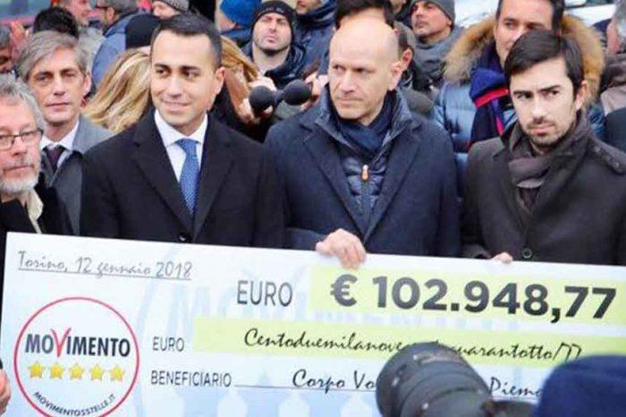 Di Maio: 'Mentre Renzi fa guadagnare centinaia di migliaia di euro a De Benedetti noi restituiamo i soldi ai cittadini'