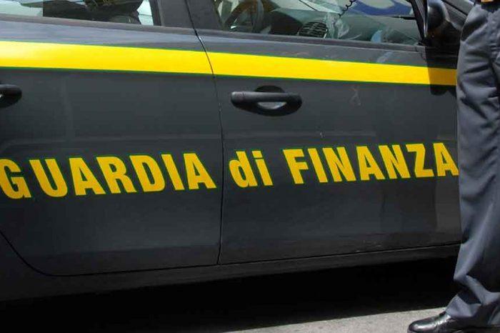 Spese pazze in Liguria, partono i sequestri. C'è anche Vattuone (Pd)