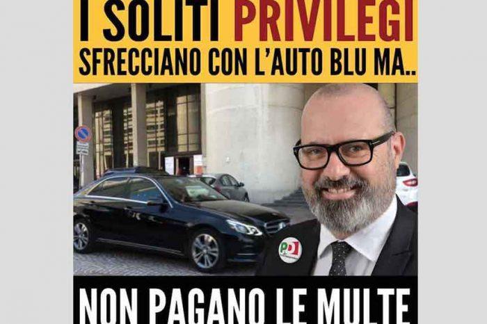 La denuncia del M5S Emilia: 'Sfrecciano con l'auto blu e poi si fanno cancellare le multe'