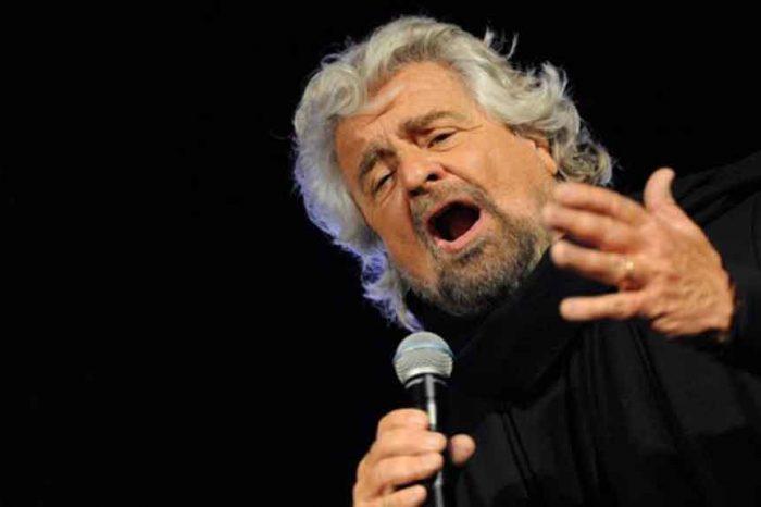 Beppe Grillo: 'Siamo davanti ad una nuova era, serve un reddito per diritto di nascita'