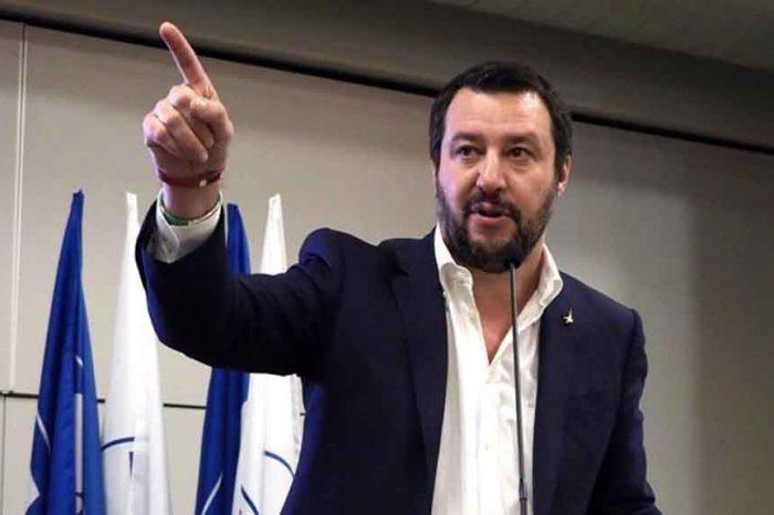 Salvini apre al Pd: 'Spero che sia disponibile a una via d'uscita'