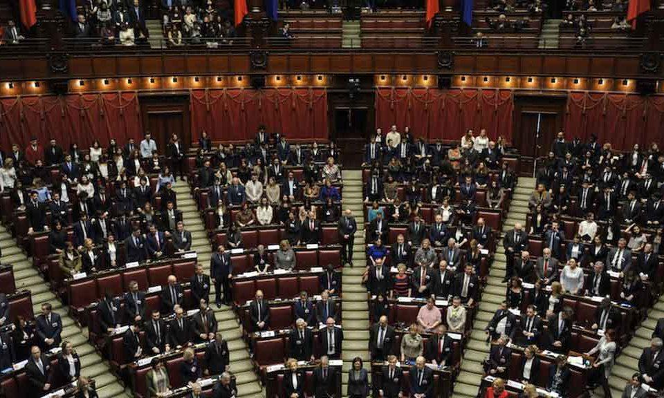 M5s lega la notizia che scuote la politica italiana ecco for Numero parlamentari m5s
