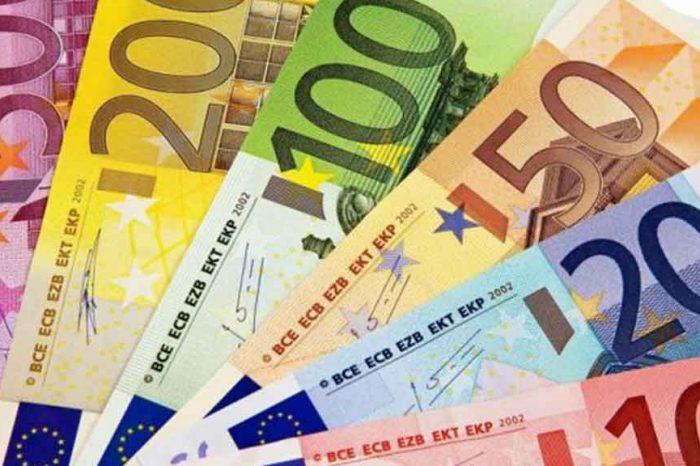 Poste Italiane: le pensioni di aprile in pagamento dal 26 marzo. Catalfo: «Tuteliamo la salute delle persone più anziane»