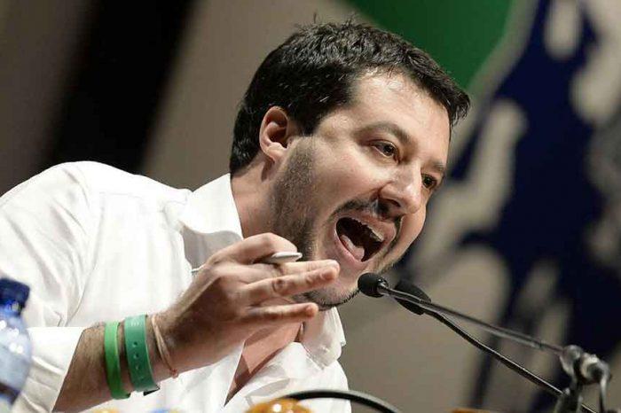 Lega, Salvini: 'Beccati dopo un furto due abitanti del campo Rom, l'unica soluzione è la ruspa'