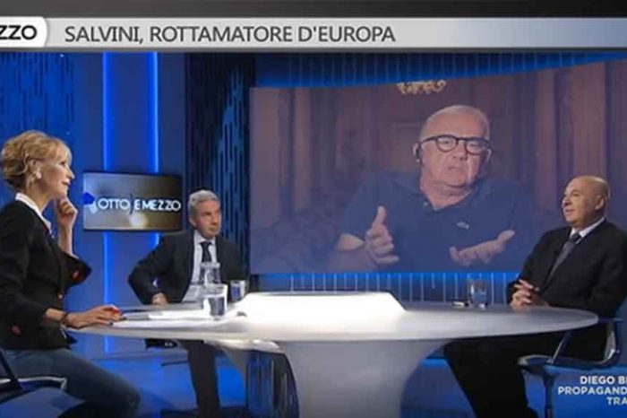 Otto e Mezzo, Gene Gnocchi: 'Toninelli sembra uno di quelli che come primo lavoro fanno il clown nelle feste per bambini'