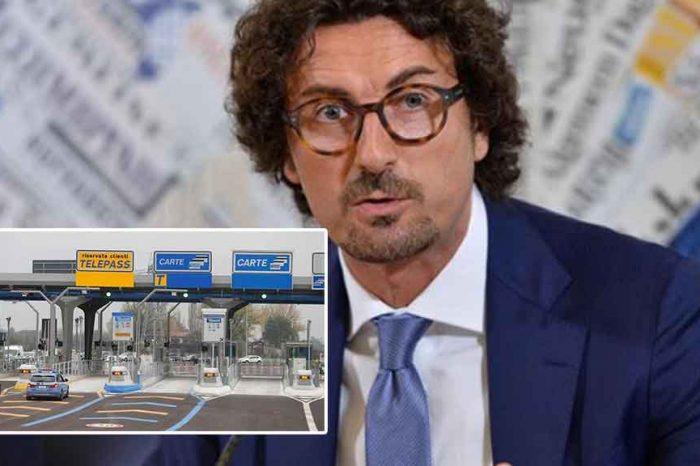 Toninelli: 'Le autostrade svendute per un piatto di lenticchie'
