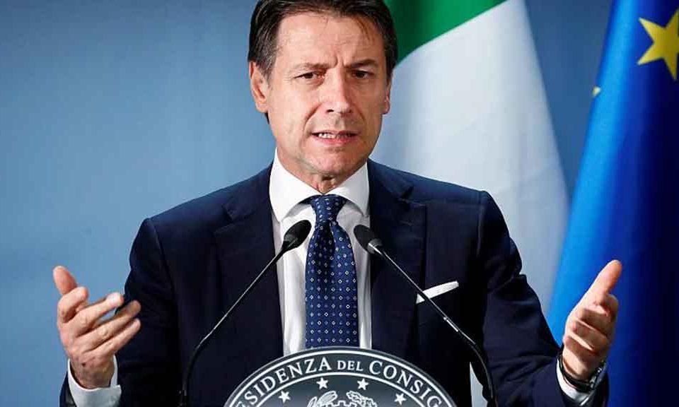 Conte: Ue rischia di crollare sotto il problema irrisolto dell'immigrazione