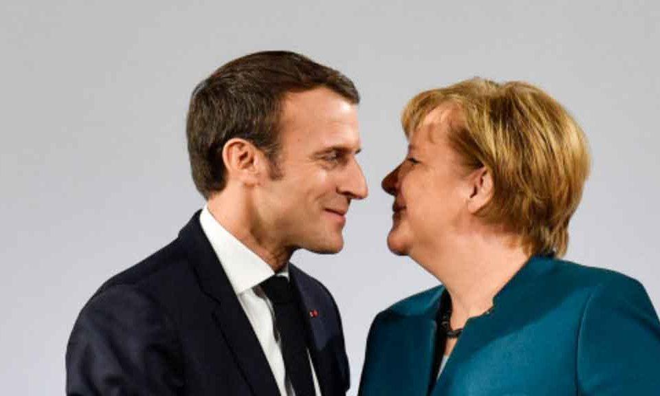 Macron a sorpresa da 300 gilet gialli, 4 ore faccia a faccia