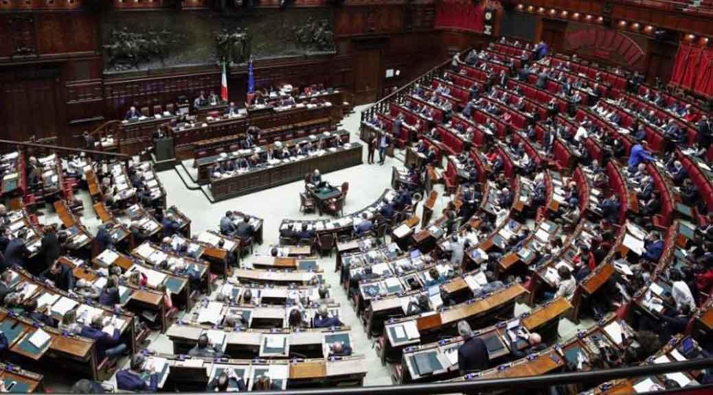 M5s 39 tagliamo gli stipendi dei parlamentari italiani i for I parlamentari italiani