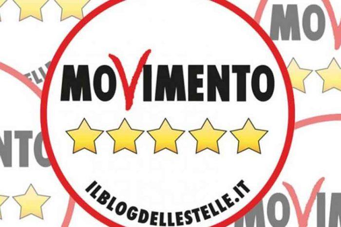 M5S: «Salvini interlocutore non più credibile. Ha tradito gli italiani, ora non venga a piangere da noi»