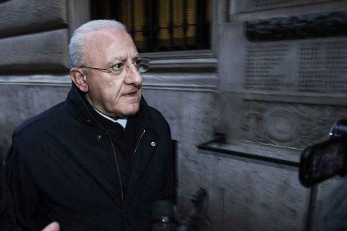'Questo non ve lo racconterà nessuno: inchiesta ospedali Covid a un passo da De Luca'