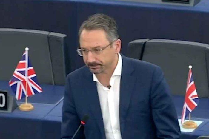 M5S, Pedicini: «Avanti verso un'Europa plastic free: voto storico mette al bando la plastica monouso dal 2021»