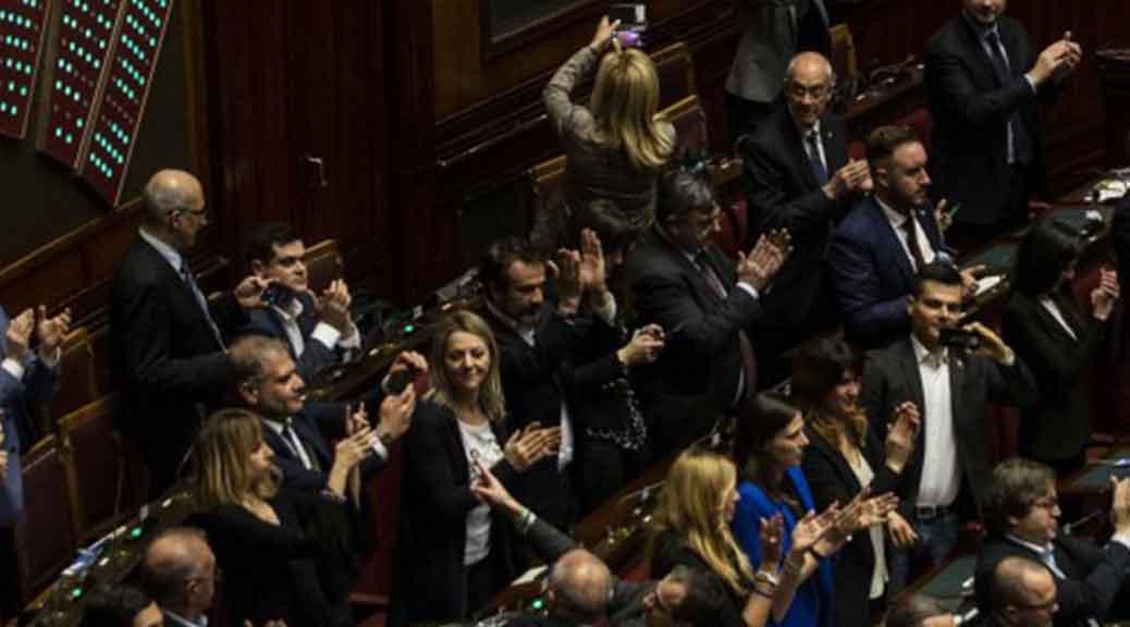 Taglio numero parlamentari ecco come le opposizioni for Parlamentari numero