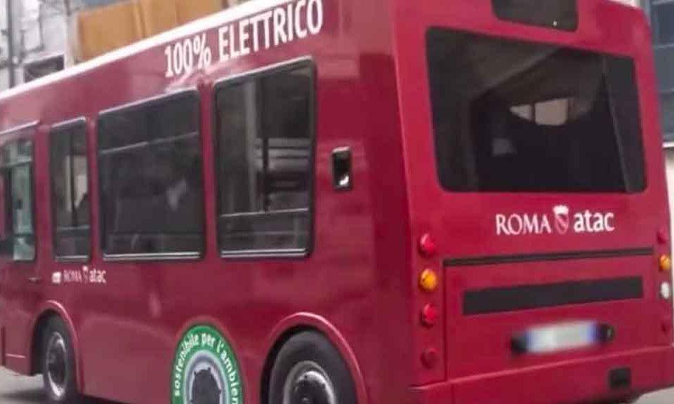 minibus-100-per-cento-elettrico-roma-