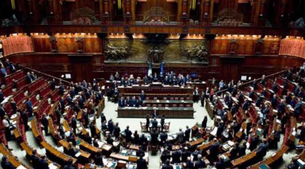 Taglio parlamentari terminato esame della legge oggi la for Oggi parlamento diretta