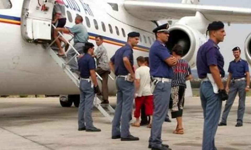 Migranti, Corte Ue: no ai rimpatri se il rifugiato rischia la vita