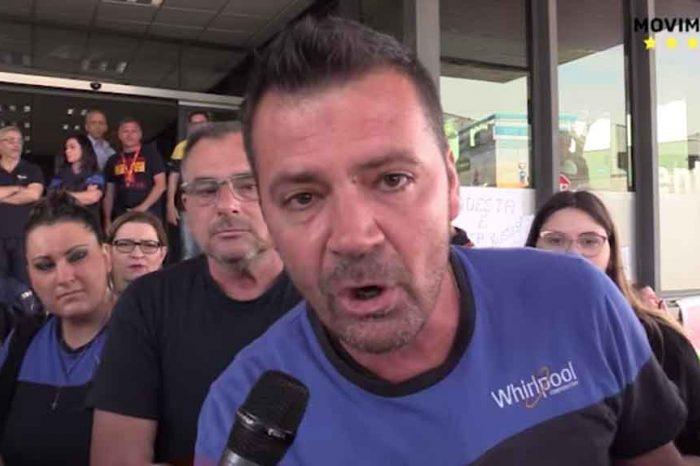 Whirlpool, le parole commoventi dei lavoratori: «Per fortuna che c'è Di Maio»