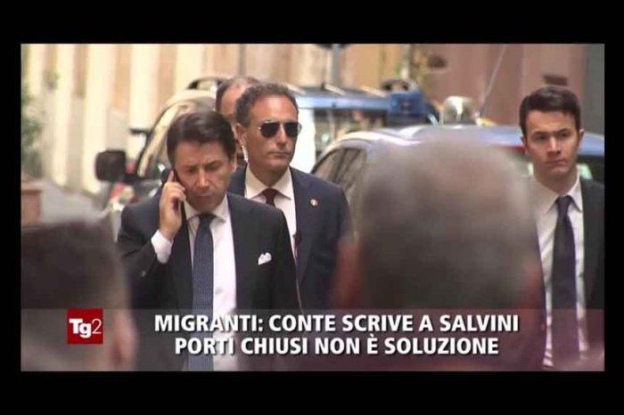 Tg2: 'Conte scrive a Salvini porti chiusi non è soluzione'. Il consigliere M5S: 'Titolo falso, basta con la propaganda pro Salvini'