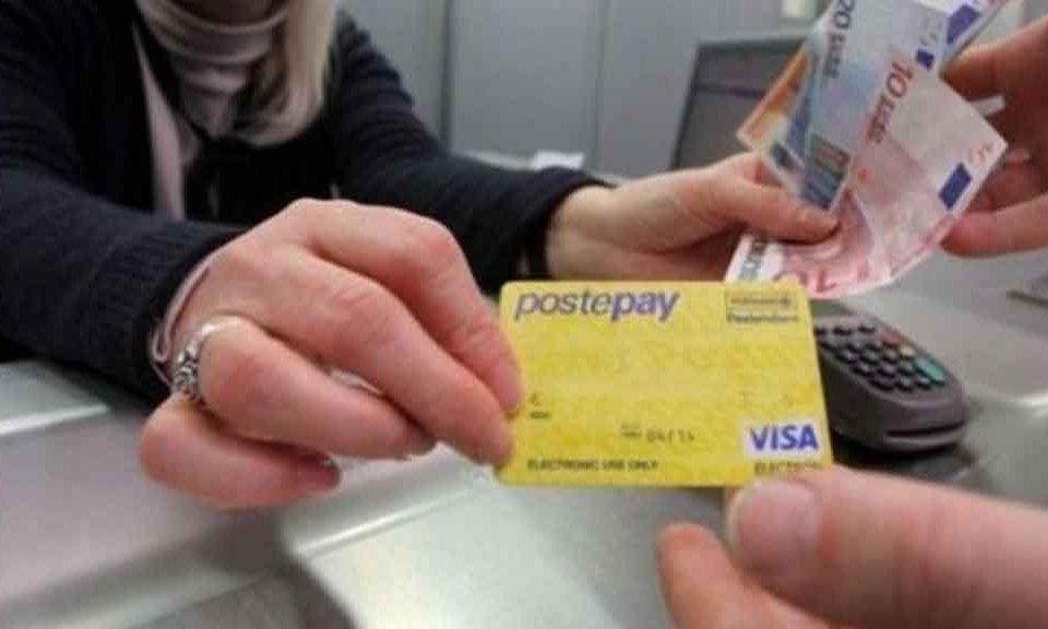 Napoli. Poste Italiane, consegna pacchi cresce del 7,8%