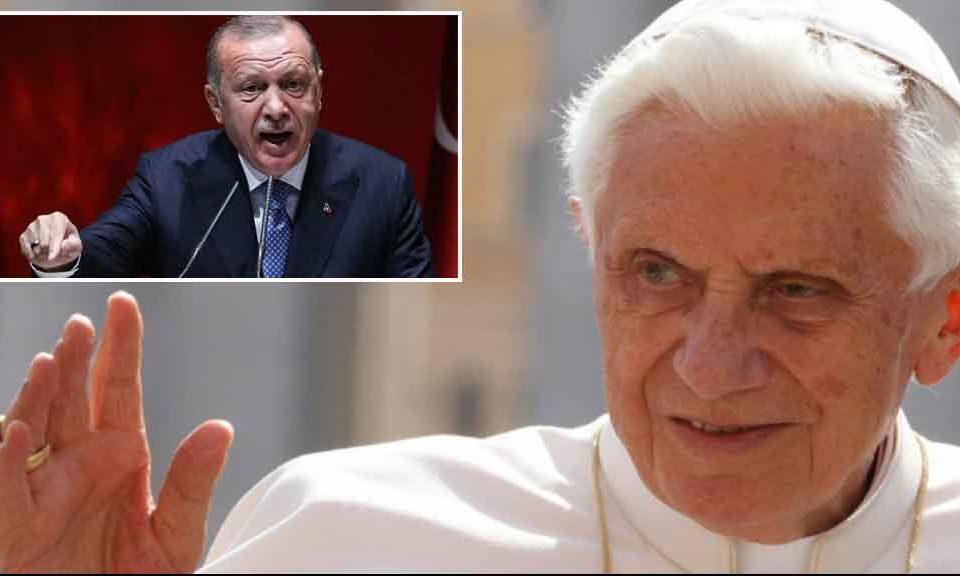 Turchia, quando Ratzinger disse: 'Sarebbe un grosso errore inglobarla in Ue. Ha un'altra anima rispetto all'Europa'