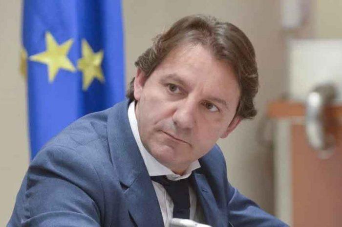 Il presidente dell'Inps replica ai dirigenti in rivolta: 'Siete pagati 240mila euro l'anno e dovete essere disposti a spostarvi dai palazzi romani'