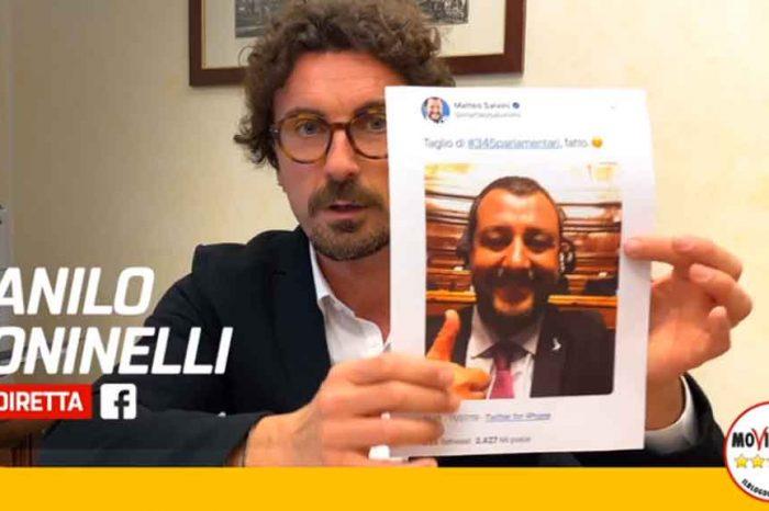 Toninelli: 'Centinaia di milioni di euro di soldi pubblici sprecati da Berlusconi e Salvini per indire un referendum totalmente inutile'
