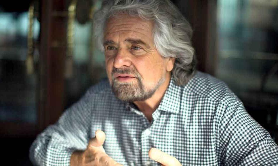 Coronavirus, Beppe Grillo: «È giunto il momento di stravolgere il nostro status quo: reddito di base universale, per diritto di nascita, destinato a tutti»